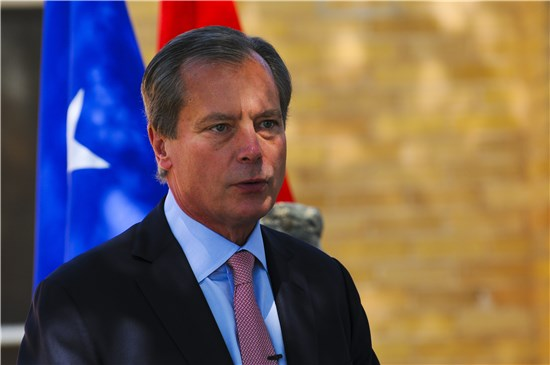 Lt. Gov. David Dewhurst speaks at an event Sept. 10 at Camp Mabry, Austin, Texas, which commemorate a decade of Texas National Guard service in the global war on terrorism.