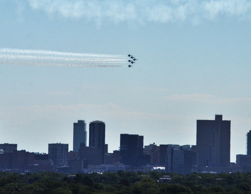 Blue Angels thank 1st responders with Cowtown flyover -
