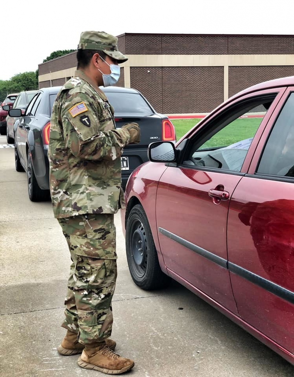 Texas Army National Guard Soldiers Support North Texas Food Bank -